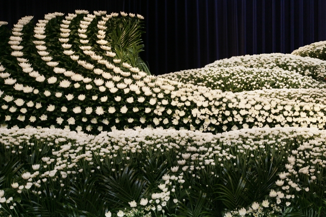 花祭壇(はなさいだん)のデザインの選び方とは? イメージ